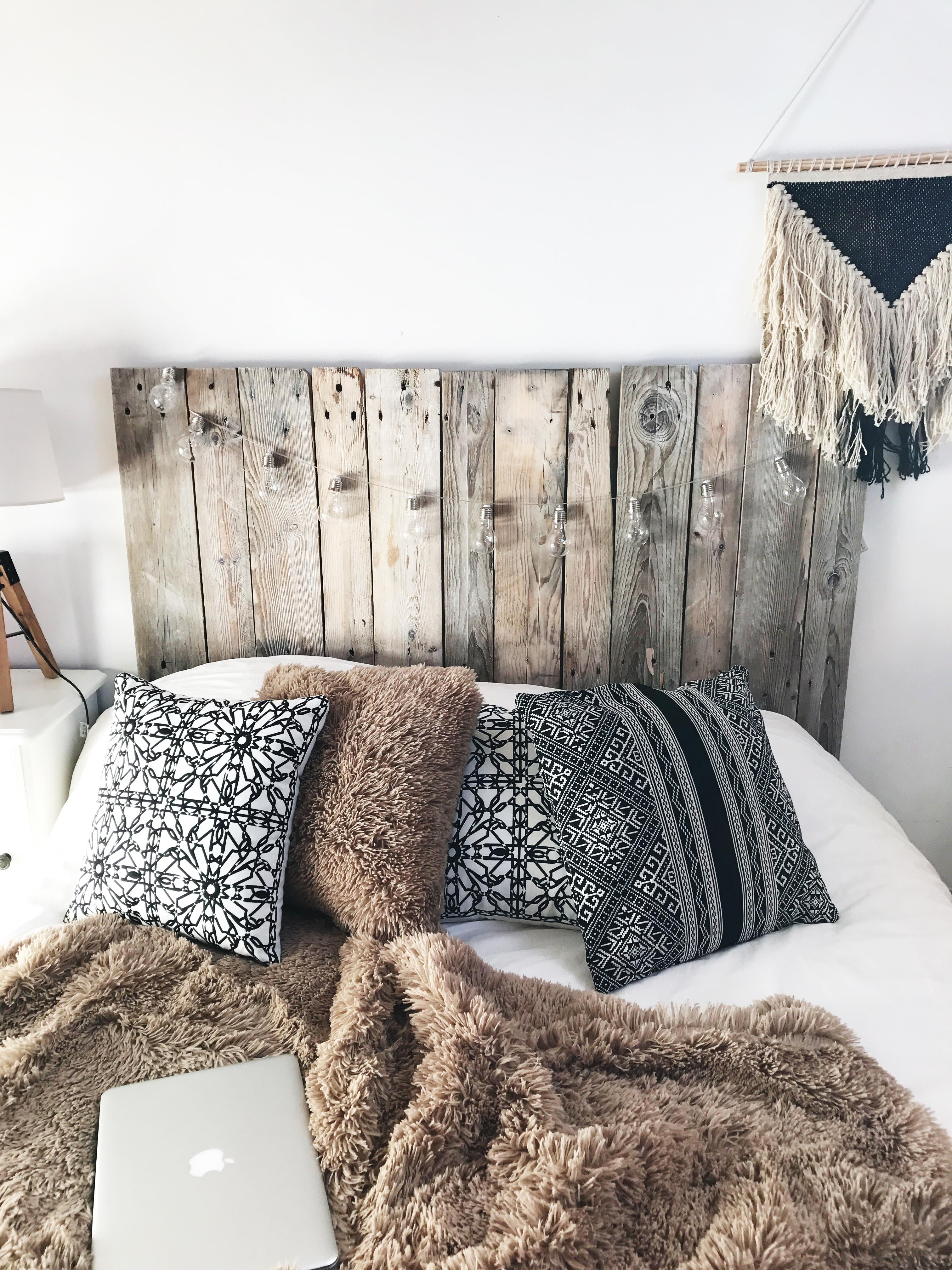 Super DIY, la tête de lit en palettes | Ghjuvanotta TV72